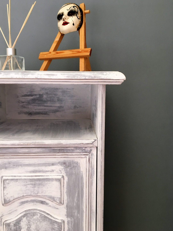 Peinture Pour Renover Meuble 2 techniques pour relooker un meuble au style shabby chic