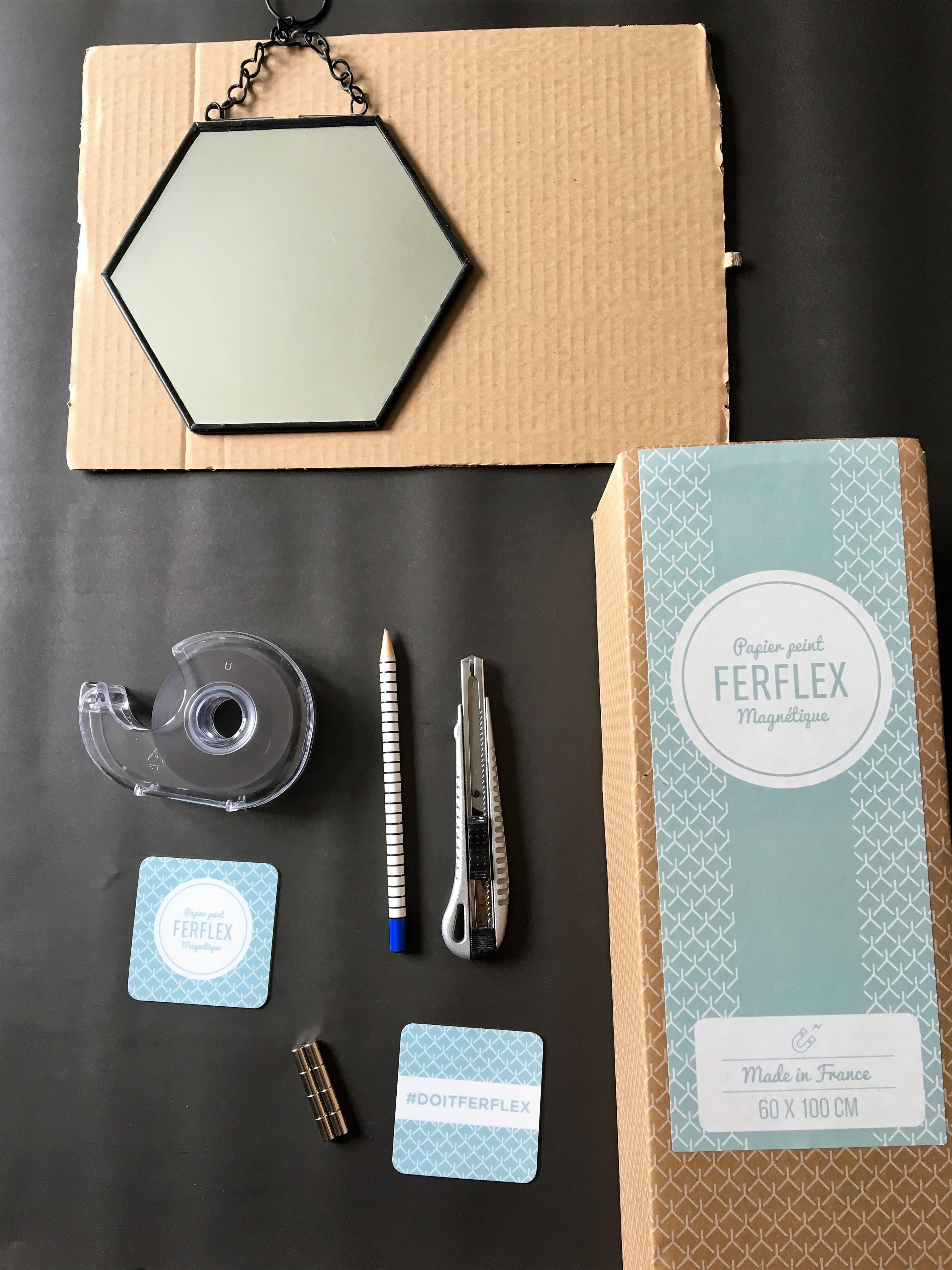 Diy Un Tableau Magnetique Avec Le Papier Peint Ferflex Home By Marie
